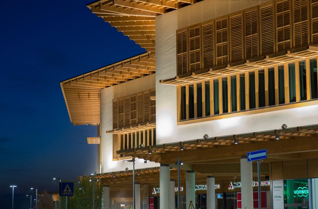 Il Centro Shopping Mall